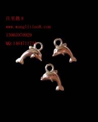 8000594--每包100个--白K饰品小海豚