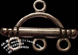 8000623--每包100个--藏银系列--横弓三孔